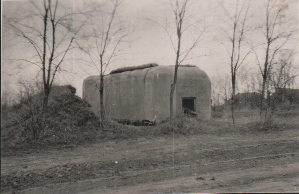 Československý bunkr 10/3122/A140-Z vystavěný v Prátlsbrunu (1938), stav v roce 1944 - zdroj: sbírka autora